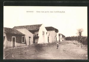 AK Bissau, Uma rua perto das fortificacoes
