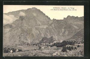 AK Cilaos, Le Village et le massif du Grand Bénard