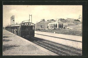 AK Carthage, Le Quai de la Gare, Zug steht im Bahnhof