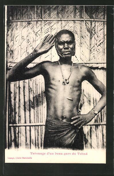 AK Tchad, Tatouage d'un beau du Tchad, afrikanische Volkstypen