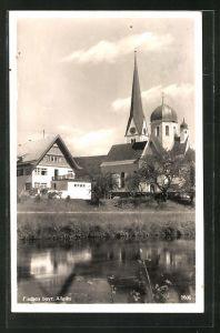 AK Fischen bayr. Allgäu, Flusspartie mit Kirche und Haus
