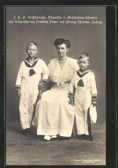 AK I.H.K. Grossherzogin Alexandra von Mecklenburg-Schwerin mit ihren Kindern