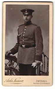 Fotografie Atelier Neumann, Zwickau i/S, Portrait Soldat mit Schulterklappe 13