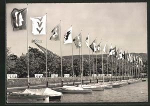 AK Zürich, Züka Kantonale Landwirtschafts- und Gewerbe-Ausstellung 1947, Fahnen am Seeufer
