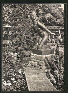 AK Zürich, ZÜKA Kantonale Landwirtschafts- & Gewerbe-Ausstellung 1947, Plastik von Roland Brunhoff