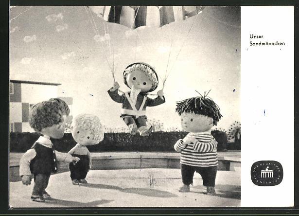 AK Unser Sandmännchen, Sandmann mit Fallschirm
