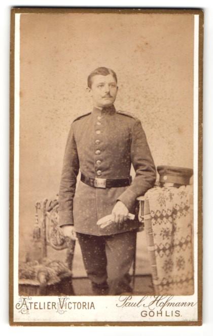 Fotografie Atelier Victoria, Leipzig-Gohlis, Portrait junger Soldat in Uniform