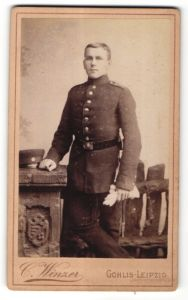 Fotografie C. Winzer, Leipzig-Gohlis, Portrait Soldat in Uniform