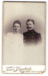 Fotografie Karl Brucksch, Rostock, Portrait Leutnant und Gattin