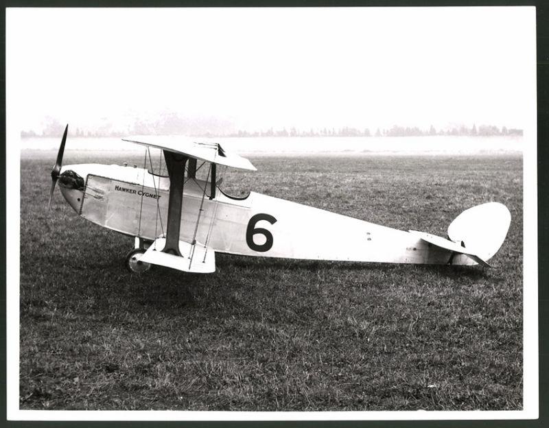 Bilder & Fotos Transport Fotografie Flugzeug Kunstflieger-doppeldecker Bei Einer Luftfahrt-veranstaltun