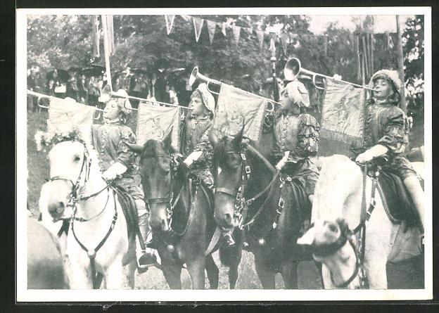 AK Biberach, Schützenfest, Fanfarenbläser zu Pferd im Festzug