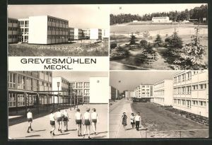 AK Grevesmühlen / Meckl., Polytechnische Oberschule, Sportplatz, Neubauten am Wilhelm Pieck Ring