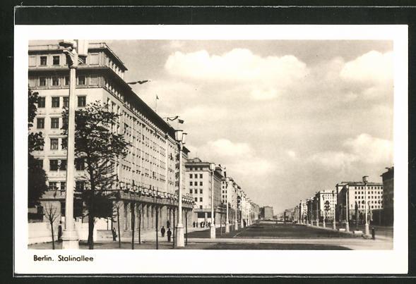 AK Berlin, Blick in die Stalinallee
