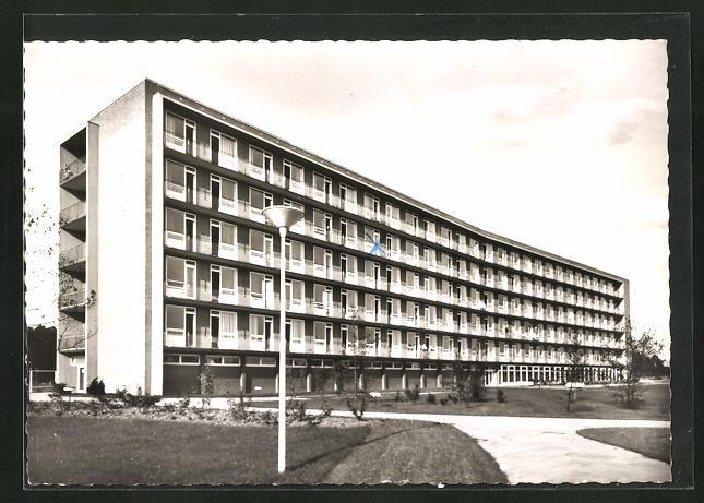 AK Düsseldorf-Benrath, Blick zum städt. Krankenhaus