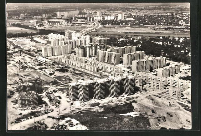 AK Berlin, Wohnsiedlung im Bau, Luftaufnahme