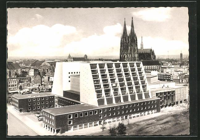 AK Köln, Am Opernhaus