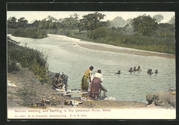 AK Natives washing and bathing in the Umbeluzi River, Waschfrauen bei der Arbeit