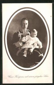 AK Kronprinz Wilhelm von Preussen in Uniform in Uniform mit seinem jüngsten Sohn
