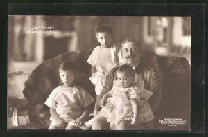 AK Der Kaiser Wilhelm II. mit seinen drei Enkeln
