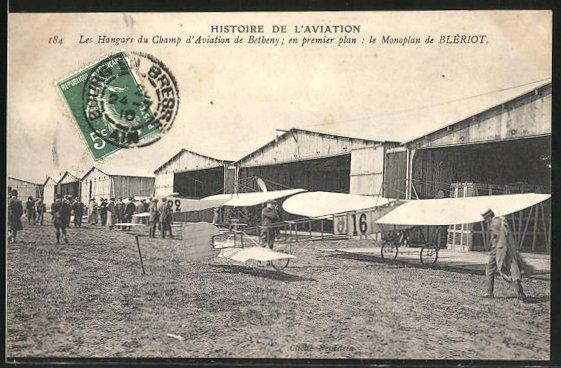 AK Les Hangars du Champ d'Aviation de Betheny, Flugzeug Typ Blériot