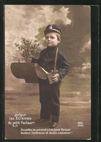 AK Les Etennes au petit Facteur!, Kleiner Briefträgerjunge mit Strauss