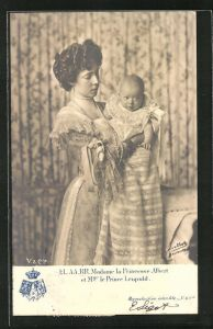 AK LL.AA.RR. Madame la Princesse Albert et Mgr. le Prince Leopold