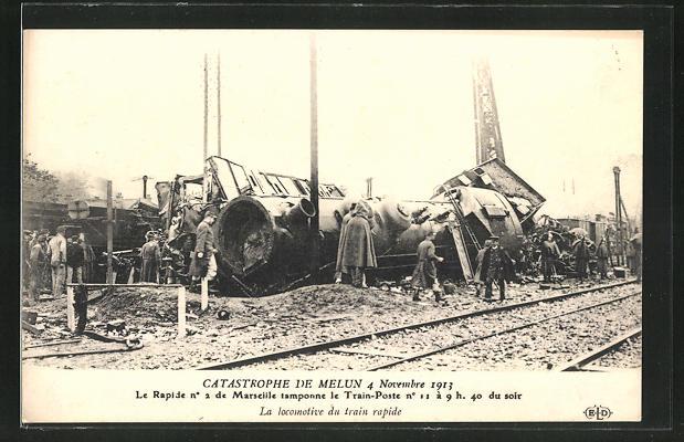 AK Melun, Eisenbahnkatastrophe 4.11.1913, An der Unglückstelle