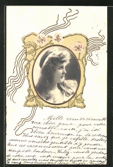 Präge-AK Damenportrait im Profil im Ornamentrahmen im Jugendstil