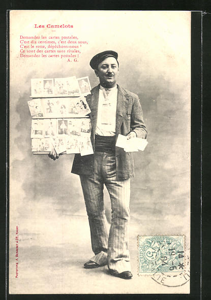 AK Les Camelots, Ansichtskartenverkäufer im gestreiften Anzug