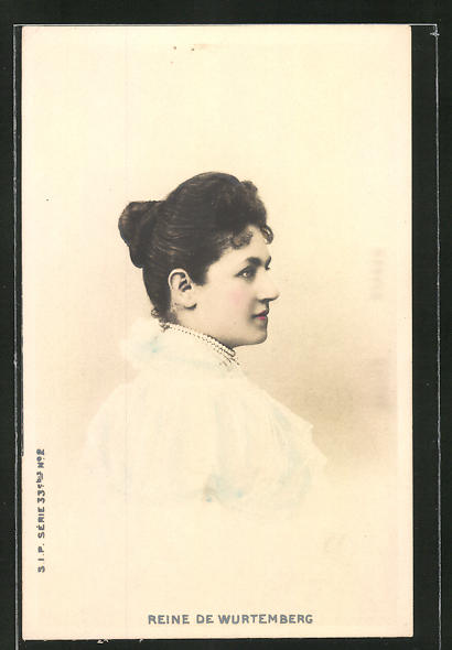 AK Königin von Württemberg, Seitenportrait mit Perlenkette und weissem Kleid