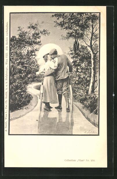 Künstler-AK Charles Scolik: Mann küsst Frau während beide ihr Fahrräder schieben, im Sonnenuntergang