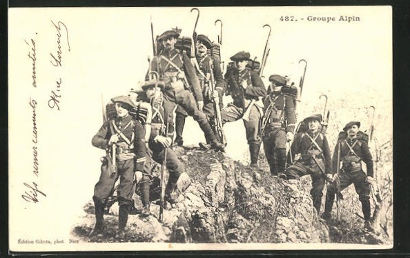 AK Groupe Alpin, französ. Alpenjäger mit Marschgepäck