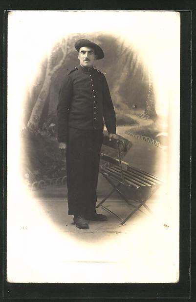 Foto-AK Französ. Alpenjäger in Uniform mit Barret