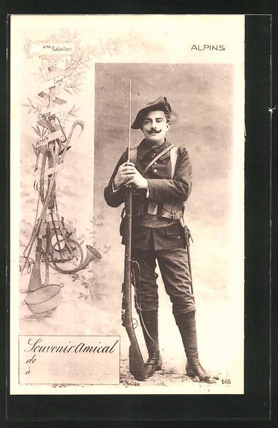 AK Chasseur Alpins, französ. Alpenjäger mit Barret aufgepflanztem Seitengewehr