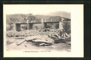 AK Guinee Francaise, Pont sur le Tabili
