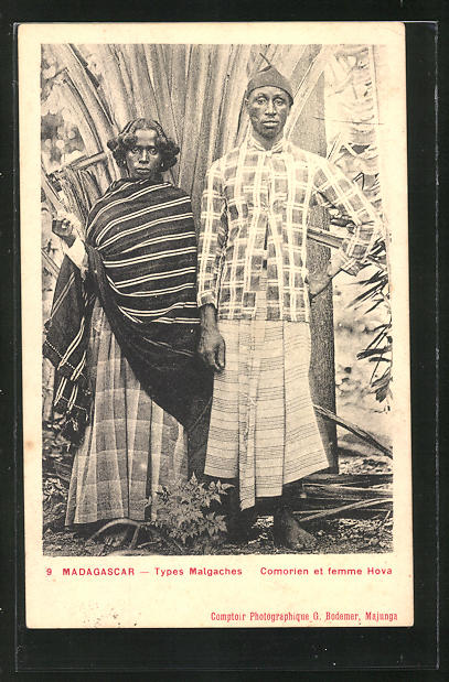 AK Madagascar, Comiórien et femme Hova
