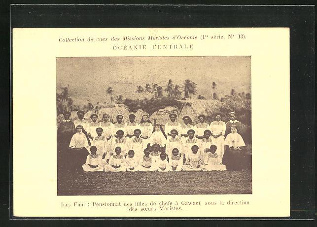 AK Iles Fidji, Pensionnat des filles de chefs a Vawaci, sous la direction des soeurs Maristes