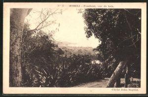 AK Moheli, Fomboni, vue de loin, Ortsansicht aus der Ferne