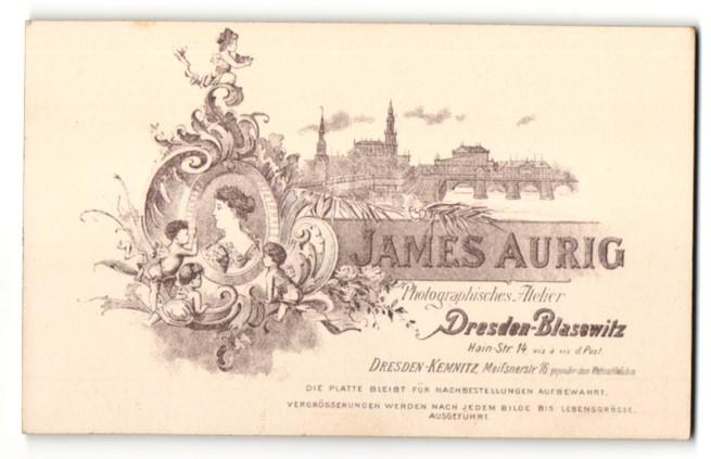 Fotografie James Aurig, Dresden-Blasewitz, Ansicht Dresden, Partie in der Stadt, rückseitig Portrait-Foto
