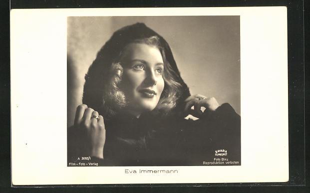 AK Schauspielerin Eva Immermann im Kostüm einer Filmrolle