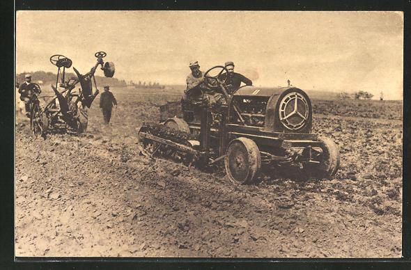 AK Pflügen des Feldes mit Halbketten-Traktor