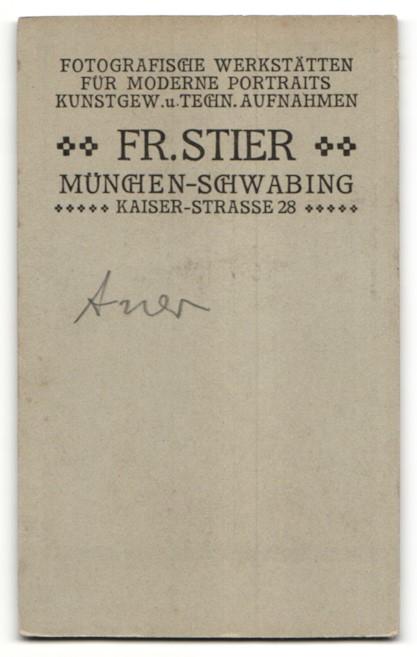 Fotografie Fr Stier München Schw Portrait Kleinkind In Weisser