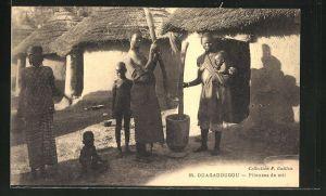 AK Ouagadougou, Pileuses de mil