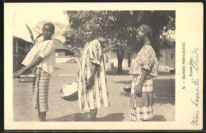 AK Guinea-Bissau, Jeunes filles, afrikanische Frauen in Gewändern