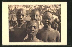 AK Tchad, Types de Sara de Port-Archambault, Knaben mit Narben