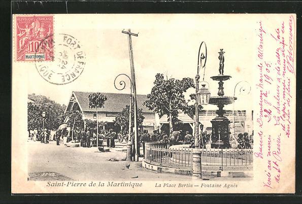 AK Saint-Pierre, La Place Bertin, Fontaine Agnès