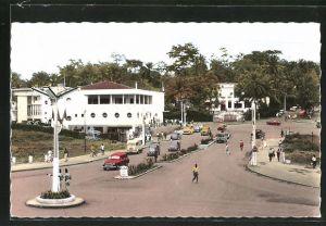 AK Yaounde, Strassenansicht mit Post / La Poste