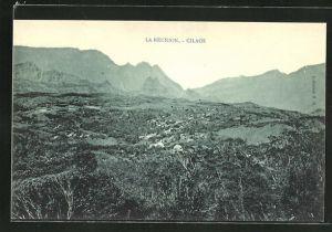 AK Cilaos, Ortspartie mit Gebirge