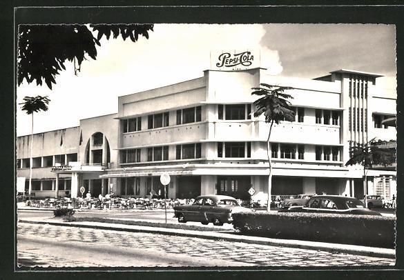 AK Leopoldville, L'Hotel Regina, Strasse am Hotel Regina