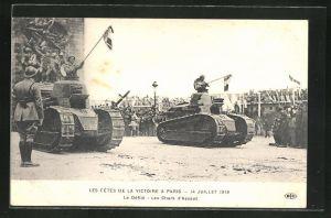 AK Paris, Siegesparade / Fete de la Victoire 1919, Le Défilé - Les Chars d'Assaut, Panzer, Tanks